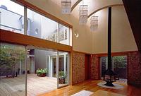 住宅特集 2003年5月号 コートハウスの行方