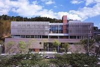 新建築 2001年7月号 福島県男女共生センター