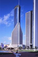 新建築 2001年12月号 中国銀行上海ビルから上海の高層ビル群を見る