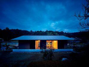 豊田町浮石の家