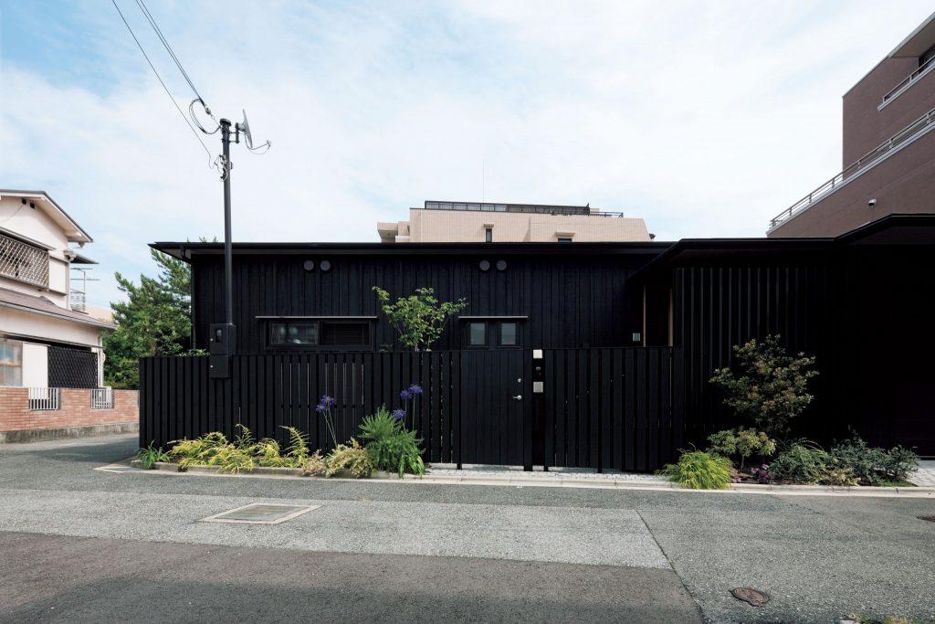 住宅特集 2015年3月号 平屋の思考──住宅を外に拡げる One-story House