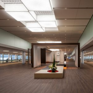 成田国際空港 第2旅客ターミナル連絡通路