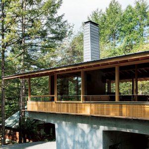 蓼科の森の家