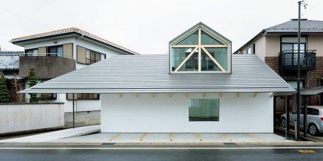 ドーマー窓の家