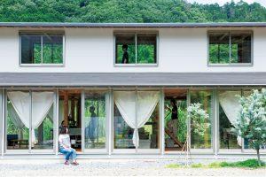 houseT / salonT