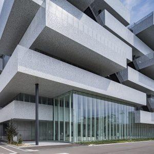日本無線先端技術センター
