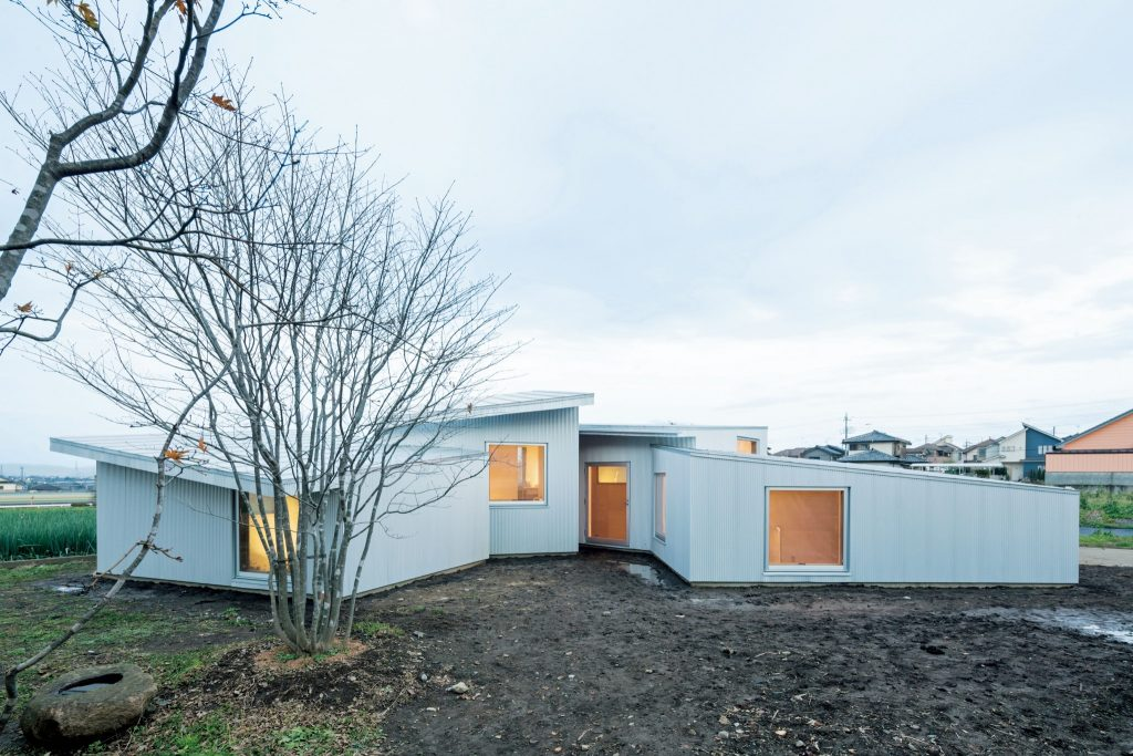 住宅特集 2017年3月号 平屋という解き方──地面と連続する住まい One-story House