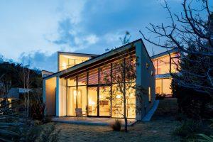 披露山の家