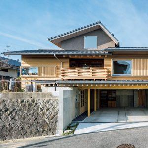鶴の里の家
