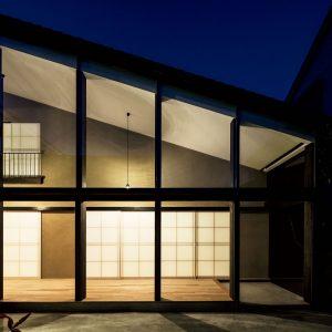 18「畦野の住宅」魚谷繁礼建築研究所