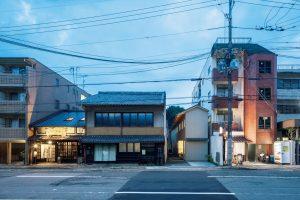 02「庭路地の家」竹口健太郎+山本麻子/アルファヴィル