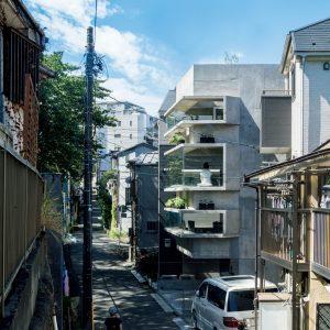 06「桜を望む出窓の家」藤井伸介建築設計室