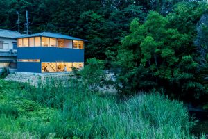 10「蛙股池の家」小松一平/小松建築設計事務所