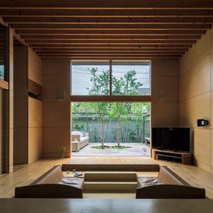 06「メープルシロップ」椎名英三建築設計事務所