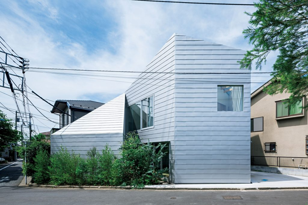 住宅特集 2018年9月号 テラスの価値──多様な建築的外部空間 The Value of the Terrace—External Architectural Spaces