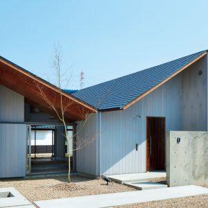 15「篠木の家」岩田知洋+山上弘-建築設計事務所