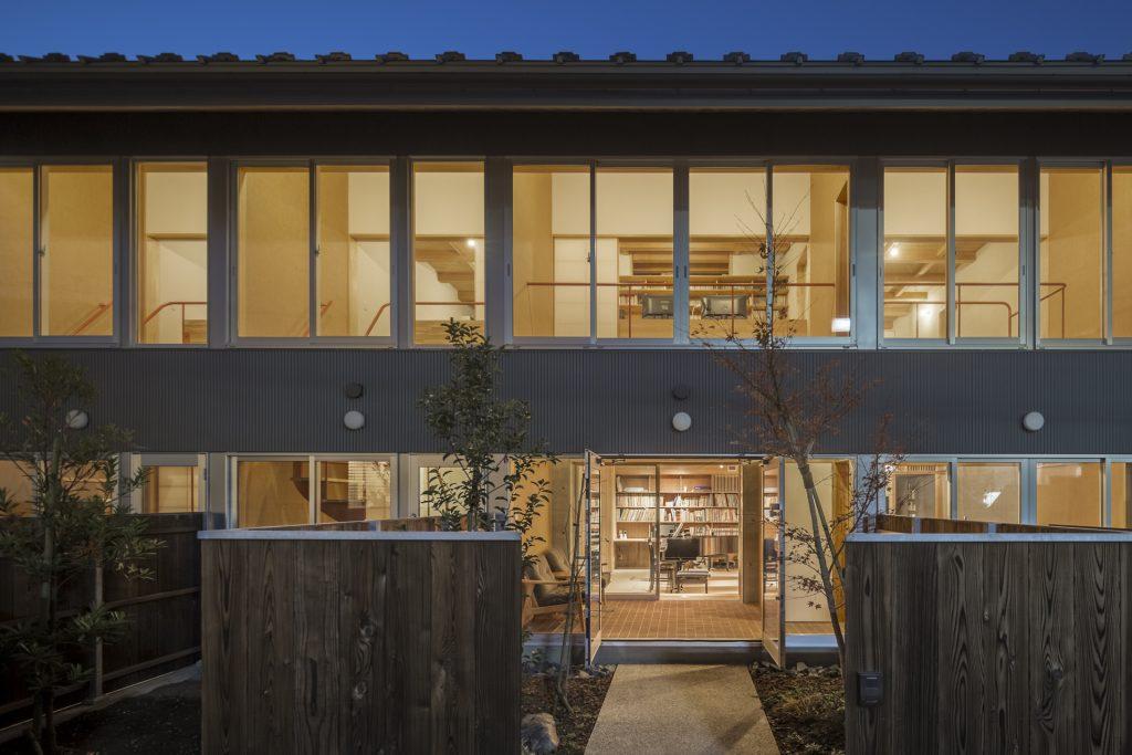新建築 2019年2月号 西葛西APARTMENTS-2 Collective Housing