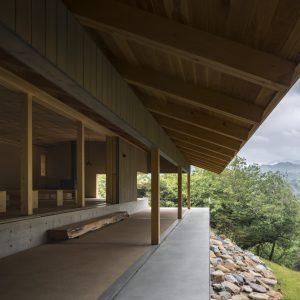 三秋ホール - 設計: 手嶋保建築事務所 施工: 共栄木材