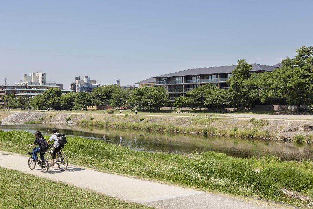 新建築 2017年8月号 美浜町営住宅河和団地 Survey and Design for Collective Housing