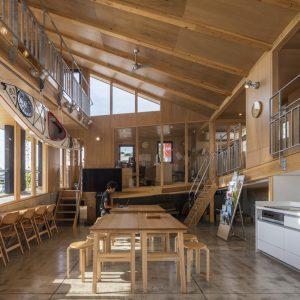 上島町ゆげ海の駅舎