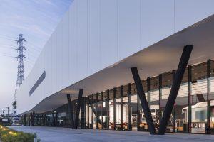 ISUZU PLAZA PLAZA annex - 設計: 坂倉建築研究所 施工: 清水建設 (建築) 丹青社 (展示)