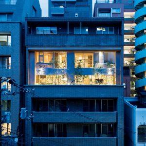 03「町-×-apartment」前田圭介