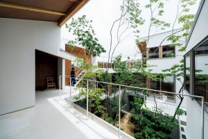 09「円側の家」畑友洋建築設計事務所