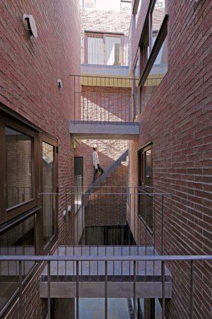 朱合院 - 設計: 浅利幸男 / ラブアーキテクチャー 施工: 白石建設