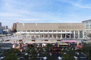 大分県立美術館 (OPAM) - 設計: 坂茂建築設計施工 鹿島建設・梅林建設 建設共同企業体