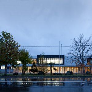 ニセコ町民センター - 設計: アトリエブンク 施工: 丸金佐々木・石塚・浦野経常建設共同企業体