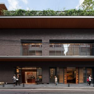 京都八百一本館 - 設計: KAJIMA DESIGN 施工: 鹿島建設