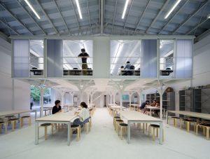 九州工業大学製図室 - 設計: 古森弘一建築設計事務所 施工: 千葉工務店