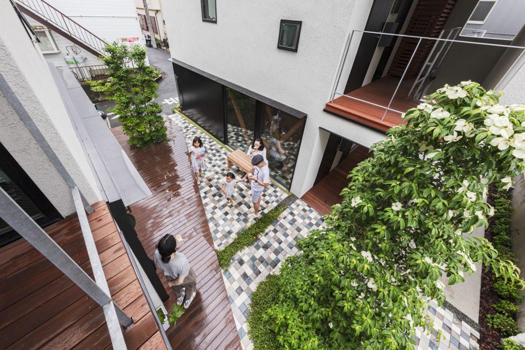 新建築 2019年8月号 Open Door Apartment 2 Open Door Apartment 2