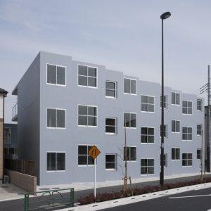熊川の集合住宅2 - 設計: メジロスタジオ 施工: オクダ建設
