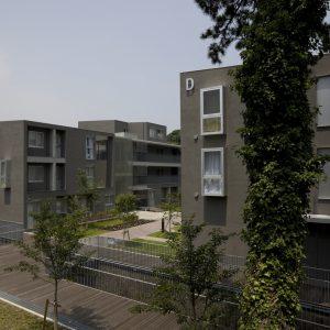 横須賀市営鴨居ハイム - 設計: 飯田善彦建築工房 施工: 1期: 馬淵建設