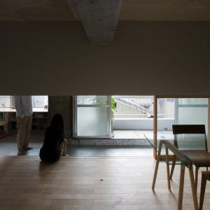 上大須賀の家 - 設計: 谷尻誠 / suppose design office 施工: ホームテック