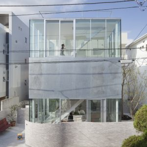 葉山の小屋 - 設計: 妹島和世建築設計事務所 施工: 平成建設