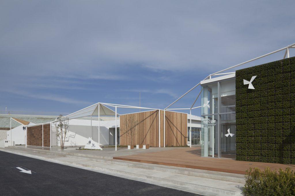 新建築 2010年5月号 葉山の小屋