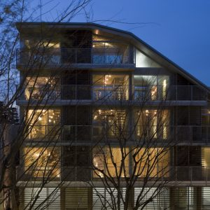 NEST - 設計: 飯田善彦建築工房 施工: 日本建設
