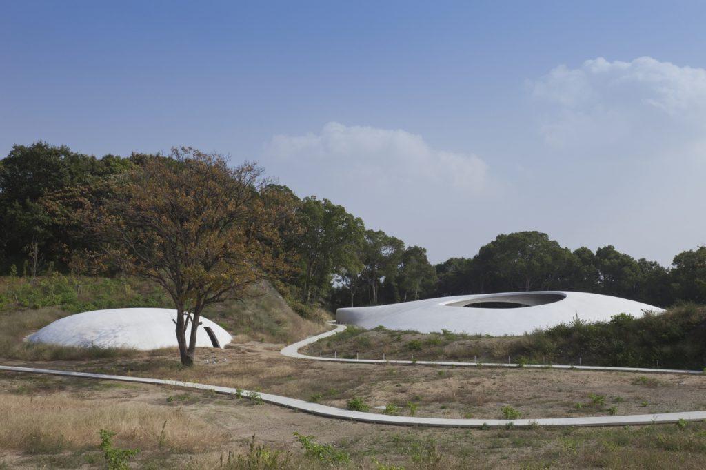 新建築 2011年1月号 豊島美術館