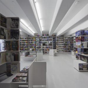 吉岡ライブラリー - 設計: 平田晃久建築設計事務所 施工: ミネルバ 戸田リフォーム