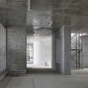 construction site: 宇土市立宇土小学校 - 設計: 小嶋一浩 + 赤松佳珠子 / CAt 施工: 小竹組