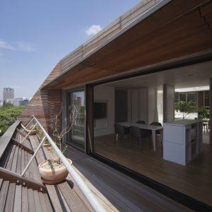 速度の家 - 設計: 三分一博志建築設計事務所 施工: 鴻池組
