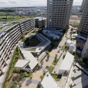 柏の葉147コモン - 設計: 竹山聖 + アモルフ オンサイト計画設計事務所 鴻池組 施工: 鴻池組