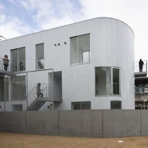 Dアパートメント (CASA小治郎) - 設計: 香川貴範 + 岸上純子 / SPACESPACE + オーノJAPAN 施工: パナホーム
