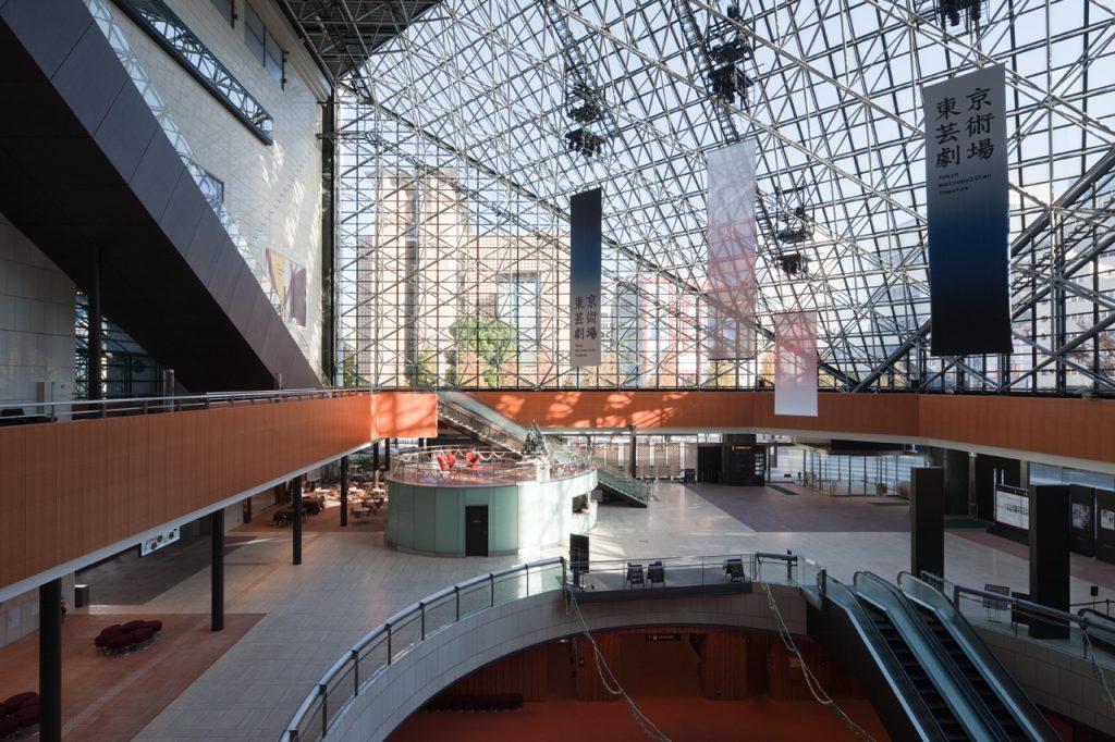 新建築 2013年1月号 ルーヴル・ランス