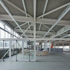 日本工業大学W2棟