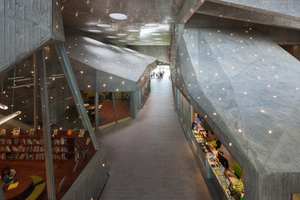 新建築 2013年10月号 加賀片山津温泉 街湯