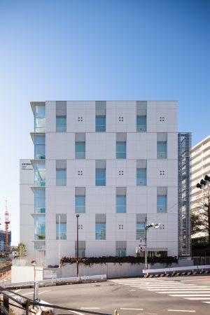 新宿労働総合庁舎 - 設計: 梓設計 施工: 東洋建設