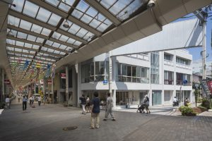 シェアフラット馬場川 - 設計: 石田敏明建築設計事務所 + タノデザインラボ 施工: 伊佐建設